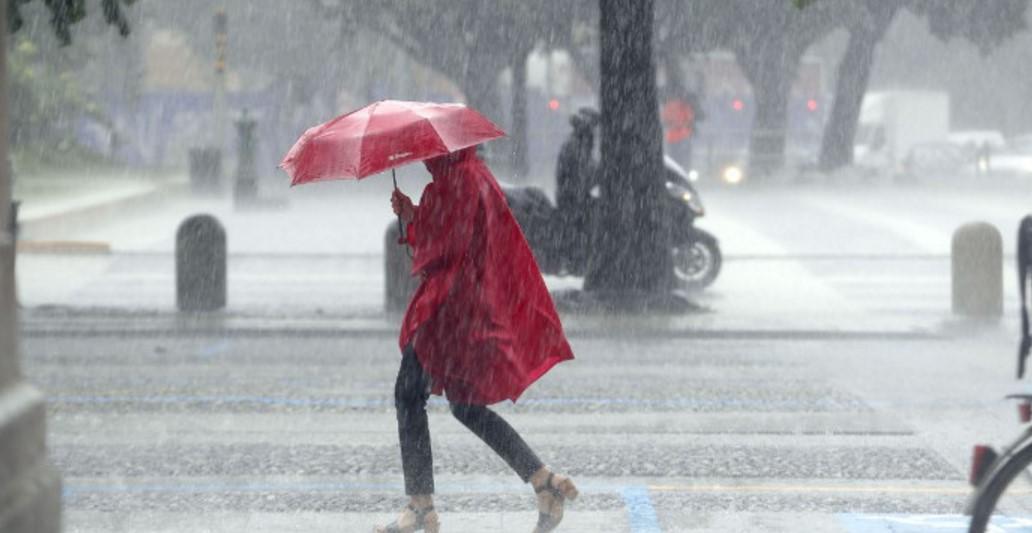 Piogge e temporali in arrivo, allerta meteo in Campania