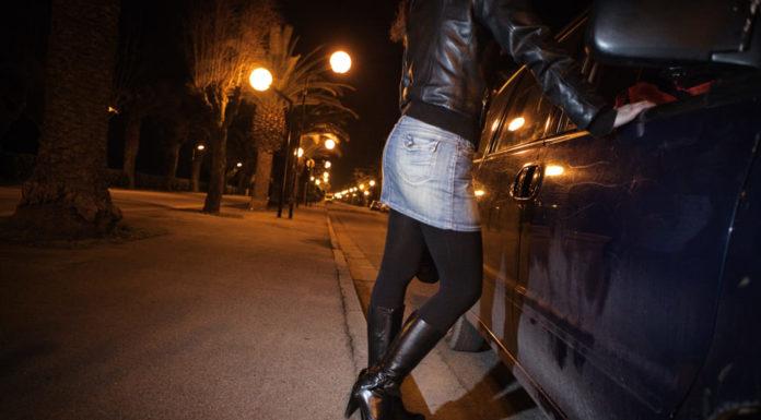 Cronaca di Napoli, Qualiano: tre arresti per estorsione a prostituta