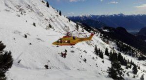 Sestriere, 70enne morta su ambulanza bloccata dalla neve