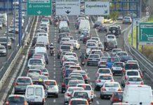 Bloccata la Tangeziale di Napoli: Autocisterna di gasolio ferma. Chiusa l'uscita Corso Malta