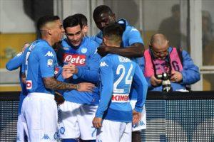 Calcio Napoli, per Mertens solo una lieve distorsione
