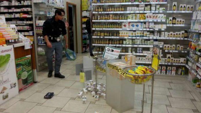 Torre del Greco: Arrestato ladro mentre ruba in una nota farmacia