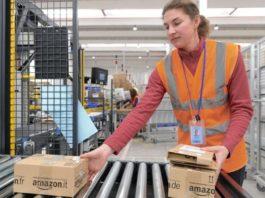 Amazon, ecco il bracciale elettronico: controllerà dipendenti