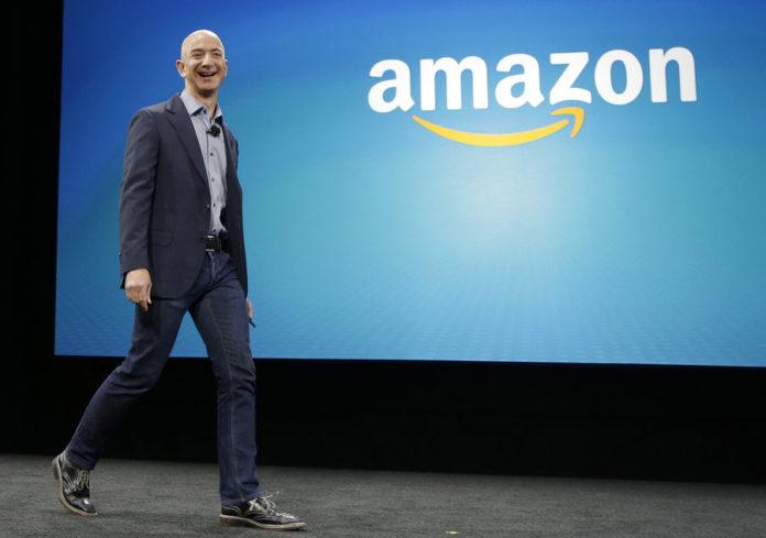 Forbes, Bezos è l'uomo più ricco del mondo. Ferrero primo in Italia