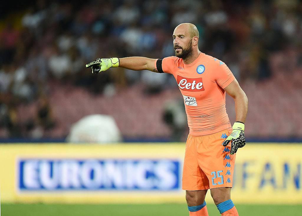 Calcio Napoli, Reina lascia nel mezzo della tempesta