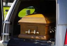 Cronaca di Salerno, Eboli: sequestrato carro funebre con salma a bordo