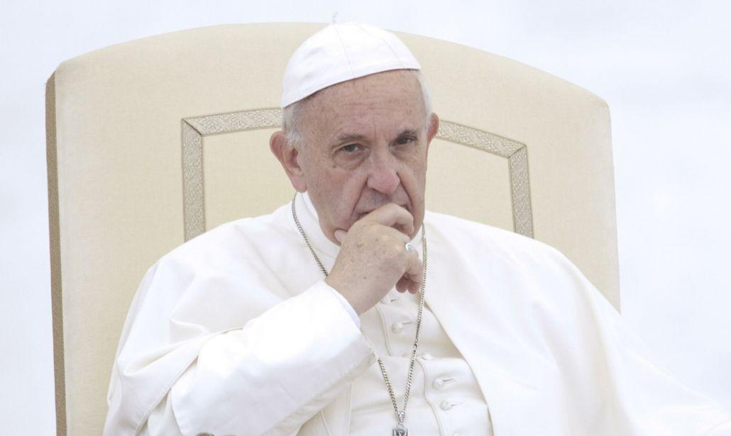 Il Papa riapre il caso del prete di Ponticelli accusato di pedofilia