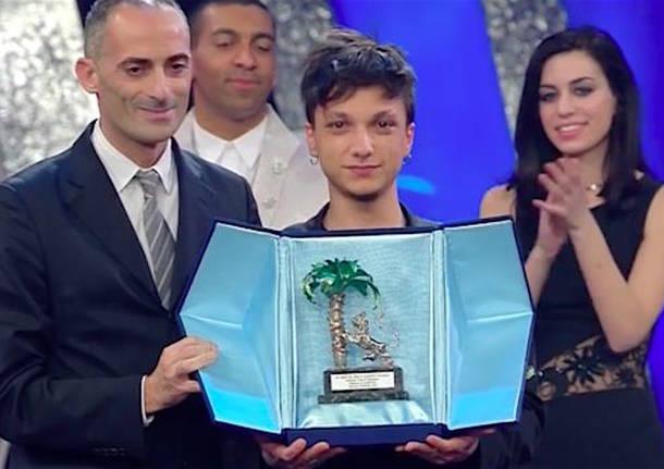 'Ultimo', incontra i fans a Napoli al Centro Commerciale Azzurro
