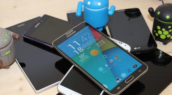 Smartphone, ecco le offerte di Natale: Tim, Wind, Vodafone, Iliad
