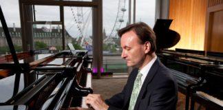 Il pianista Stephen Hough ospite dell'Associazione Scarlatti