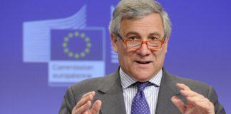 Berlusconi annuncia il candidato premier: è Antonio Tajani
