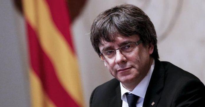 Barcellona, scontri in piazza dopo arresto Puigdemont