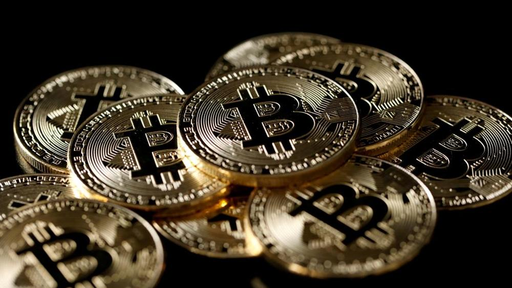Bitcoin, sito di scambi on line sequestrato dal gip di Roma