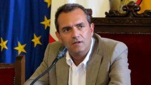 """Incubo dissesto, de Magistris parla di """"meteorite"""" sul Comune di Napoli"""