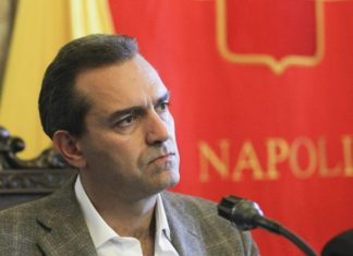 """De Magistris: """"E' un attacco alla città, ma Napoli non andrà in dissesto"""""""