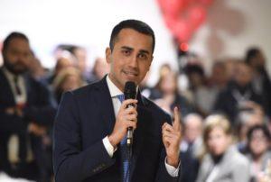 """Di Maio e Salvini sul nuovo Governo: """"No a Esecutivo istituzionale"""""""