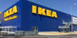 Napoli, rapina all'Ikea di Afragola: 110mila euro il bottino