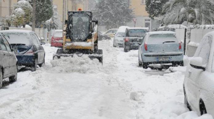 Meteo Campania, ritorna l'allerta neve e ghiaccio sulle strade