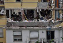 Milano, crolla palazzina di due piani: estratte 3 persone vive