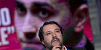 """Salvini boccia il premier tecnico: """"Governo con M5S fino a dicembre"""""""