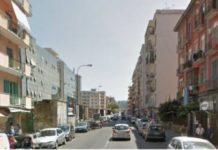 Napoli, Fuorigrotta: Caos traffico per voragine in via Diocleziano