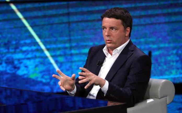 Governo, botta e risposta Grillo-Renzi: