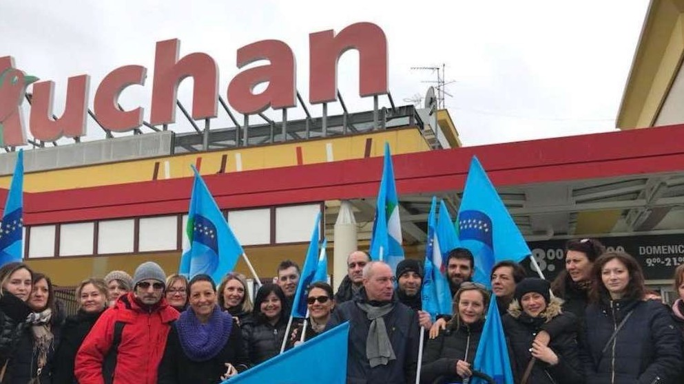 Auchan Napoli, non c'è accordo per la vertenza. A rischio i 138 lavoratori