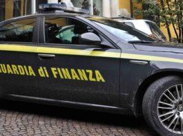 Aversa, scoperto falso promotore finanziario: sequestro da 2,5 milioni