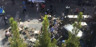 Terrorismo a Münster, in Germania, dove unfurgone è piombato sui passanti e sui clienti dei tavoli all'aperto del ristorante Kiepenkerl.
