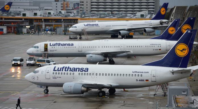 Lufthansa, 800 voli cancellati a causa di uno sciopero