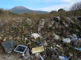 Parco del Vesuvio, smaltimento illecito di rifiuti: denunce e sequestri