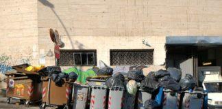 Napoli, allarme rifiuti: ieri guasto a compattatore ha bloccato la raccolta