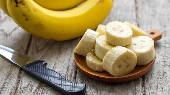 tagliare banana a rondelle