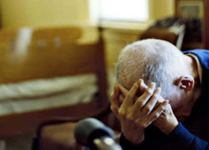 Sorrento, si finge avvocato e truffa un anziano. Arrestato