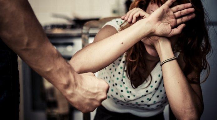 Pozzuoli: 29enne minaccia di morte la ex moglie. Arrestato