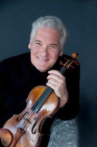 Al San Carlo La Royal Philarmonic Orchestra diretta da Pinchas Zukerman