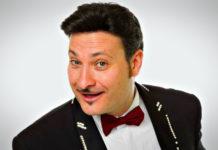 """Diego Sanchez al Caffè Teatro Angioino con """"Profumi di donne"""""""
