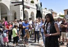 Torna il Fashion Festival a La Reggia Designer Outlet. Shopping tra bolle di sapone e musica