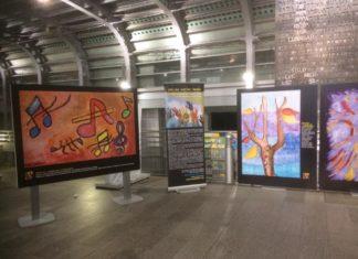 Abili Oltre in Viaggio, mostra e azione d'arte pubblica a Mergellina