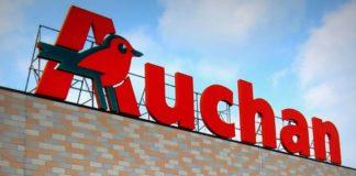 Auchan, Via Argine: presidio ex dipendenti per non far liberare magazzini