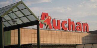 Auchan, fumata nera con sindacati: confermata chiusura a Napoli e Catania