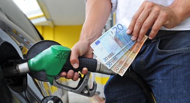 Benzina, diesel e gpl: i prezzi continuano a salire in Italia