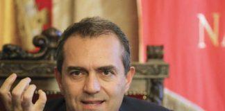 Napoli, ok al rendiconto 2017 ma la maggioranza de Magistris vacilla