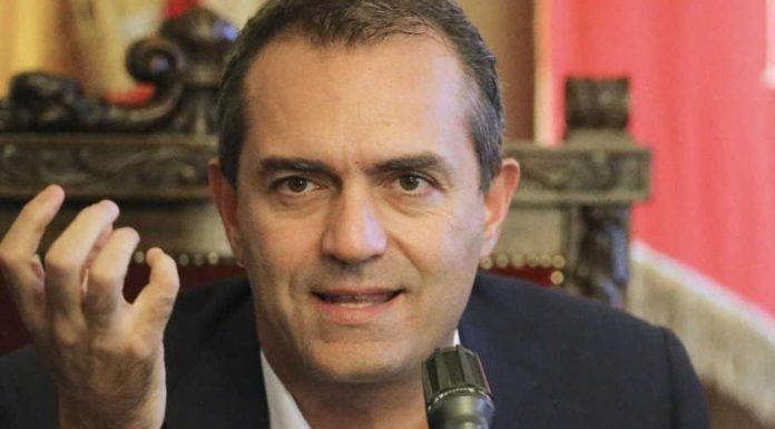 """Napoli, de Magistris attacca: """"C'è odio contro la città"""""""