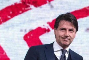 Giuseppe Conte, colloquio al Quirinale. M5S e lega sul caso Savona