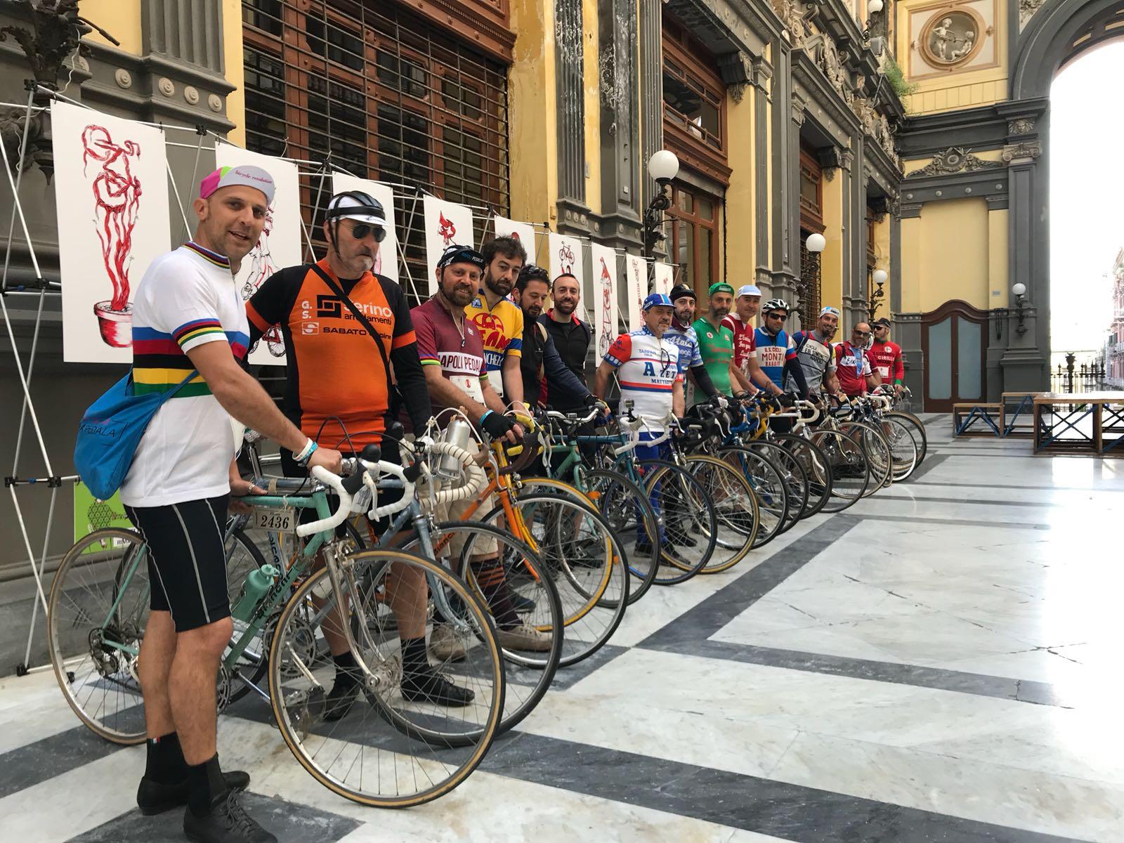 Napoli Bike Festival: pedalate, eventi e mostre dedicate alla mobilità sostenibile (VIDEO)