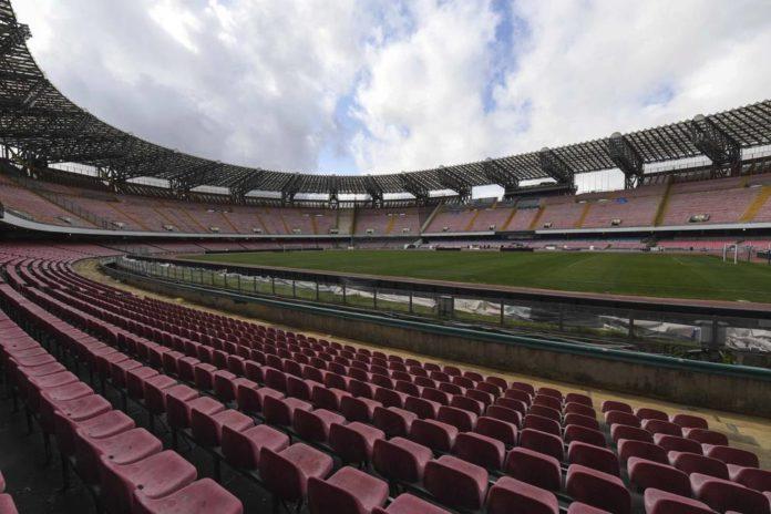 Pace Calcio Napoli-Comune: firmata la convenzione per il San Paolo