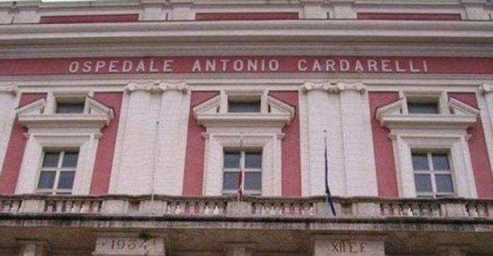"Camorra, pizzo per i lavori al Cardarelli: ""Prendi i babà"""