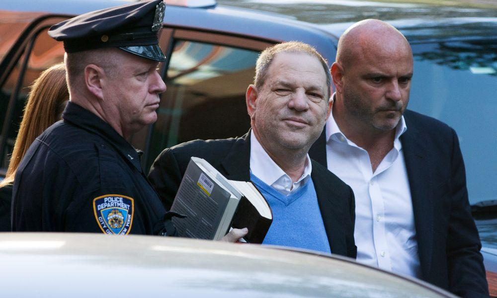 Weinstein arrestato e poi rilasciato: sarà incriminato per stupro