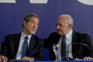 Lavoro, i governatori firmano a Napoli il patto per il Sud